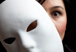 Women-w-white-mask-half-face